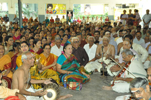 Artistes gather to celebrate Thyagaraja aradhana
