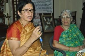 WOMENSDAY-USHA KRISHNA AT SRINIVASA GANDHI NILAYAM(14-3-13)