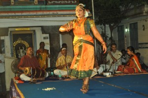 VASANT UTSAV -2013  AT KABALI TEMPLE  DANCE BY NARTAKI NATRAJ ON 8-5-13