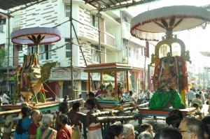 sukkira bhagavan  kann peruthal, at veliswarar koil, southmada st  on 22-5-13