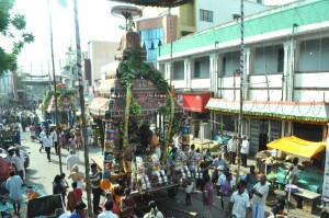therthiruvizha at veliswarar koil  -on 21-5-13