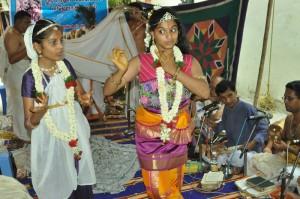 sri radha kalyana mahatsovam  at shanthi apts sathsangam, appu st. on 23-6-13
