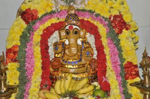SAKTHI VINAYAGAR -sandanakappu  alangaram  at kattukoil ,oliver road mylapore.on 9-9-13