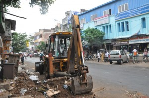 corporation cleaning at southmada street  on 7-12-13