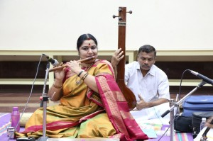 Flute concert-Mala Chandrasekhar At Sringeri Jagathguru Pravasana Mandiram R A Puram.  on 2-1-2014