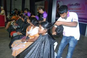 MGR-Janaki-College-girls-donate-their-hair