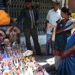 Heat and intermittent rain dampens hawkers as Navaratri shopping peaks