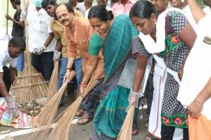 BJP MEMBERS CLEANING