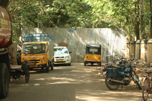 MYLAPORE TIMES » Entry points to De Monte Colony shut after people