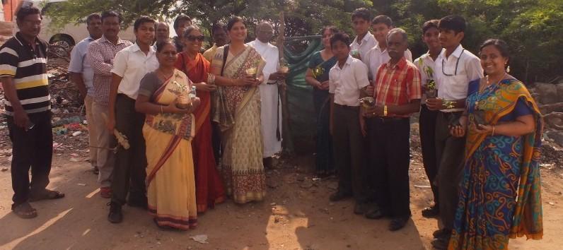 Vidya Mandir-planting saplings