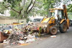Clearing garbage, Kamarajar salai