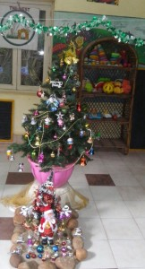 Nest play school - christmas