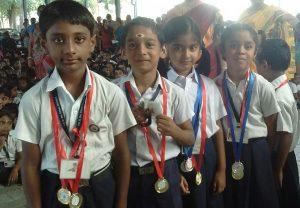 Primary students receive prizes at P. S. Senior School