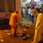 Clean up after Arubathimoovar procession; Ramakrishna Math volunteers pitch in too
