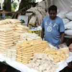 Mylapore, Mandaveli market spaces abuzz with puja sales