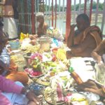 Aadi Amavasai: People perform special rituals at Sri Kapali Temple tank, beach front