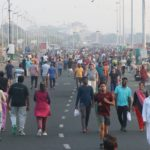 Big number of people at Marina to walk, exercise in the morning; observers criticise attitude