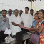 MLA arranges application and delivery of state-given medical insurance card