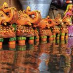 Burst of rain dampens spirits of kolu bommai hawkers
