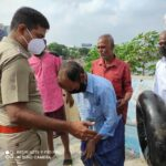 Police, locals rescue drowning man from Adyar river