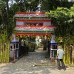 A big, traditional arch welcomed relatives to a wedding home in Abiramapuram