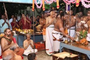 Kanchi Mutt swamiji at Sri Vinayaka Temple, R A Puram